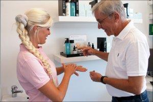 Demonstration af SkinCeutical produkter
